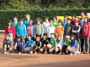 Groepsfoto van alle finalisten ( Anaïs = rechtsonder)